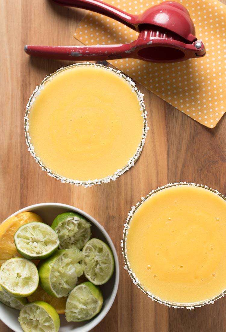 how to make mango margaritas