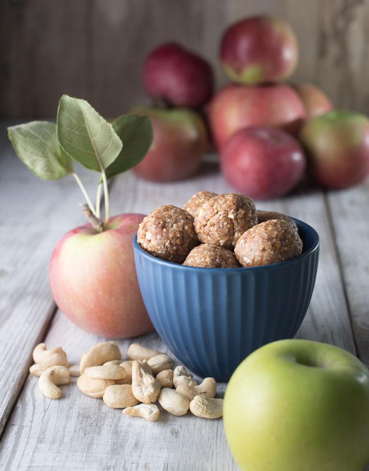 vegan no bake apple pie cookie bites