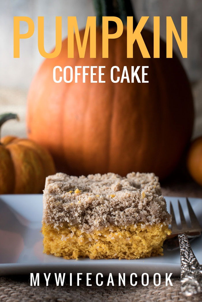 pumpkin coffee cake with crumble topping