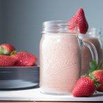 vegan chocolate strawberry smoothie